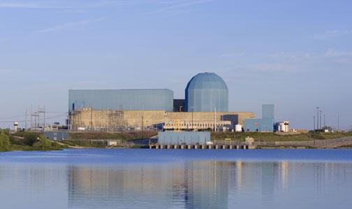 Clinton Power Station - presently under threat of closure.  Photo courtesy Exelon Nuclear.